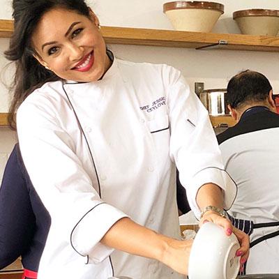 Chef Jessica Heath in DE49